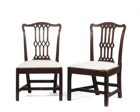 PAIR OF PHILADELPHIA CHIPPENDALE CARVED WALNUT U201cGOTHICu201d SIDE CHAIRS.