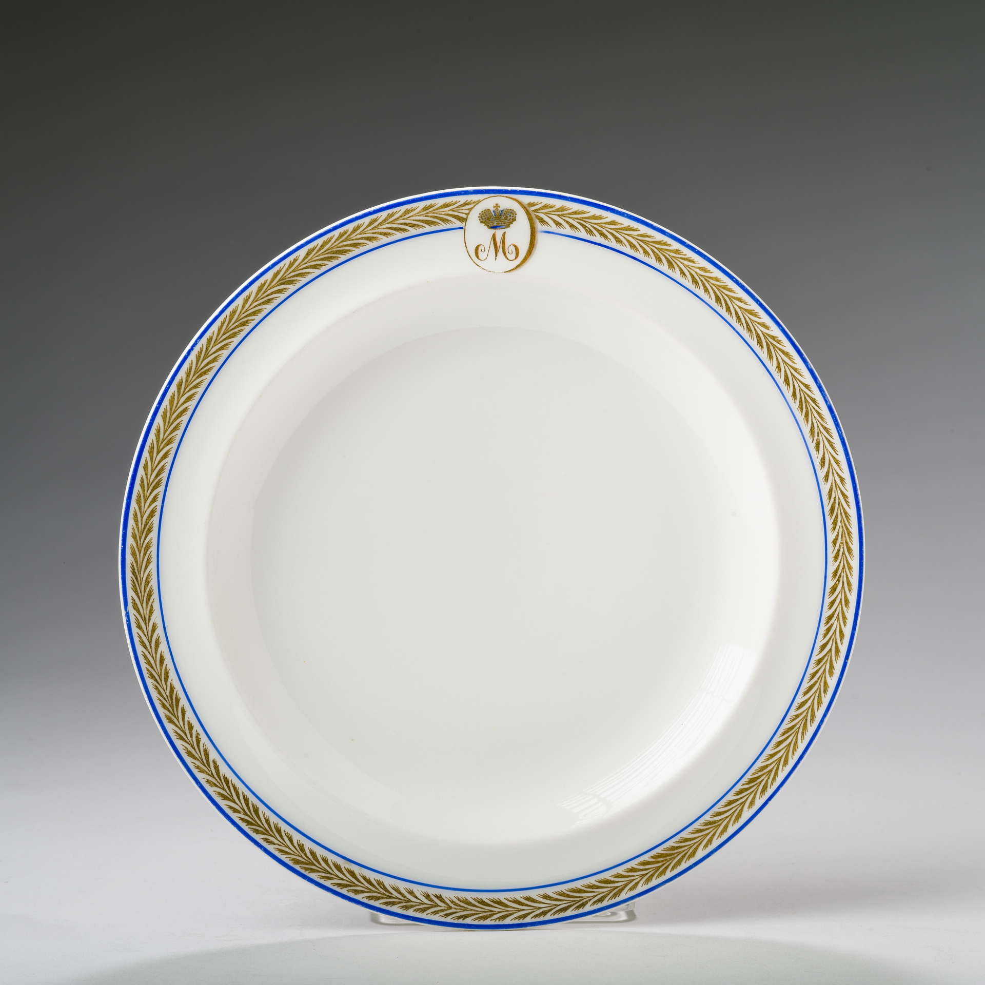 b2d9292b RUSSIAN PORCELAIN DESSERT PLATE FROM THE SERVICE OF GRAND DUKE MICHAEL  NICHOLAEVICH, KORNILOV BROTHERS FACTORY, ST. PETERSBURG, CIRCA 1900.